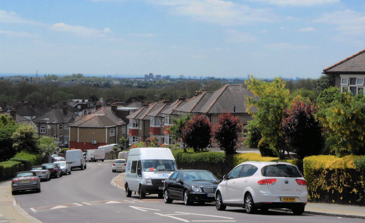 Looking south from Dollis Hill Lane - geograph-3500555-by-Andrew-Wilson