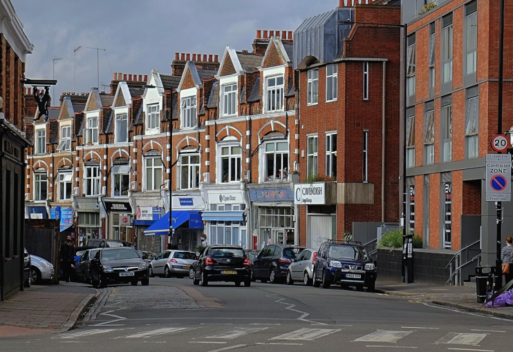 geograph-5006962-by-Julian-Osley - Middle Lane - Crouch End