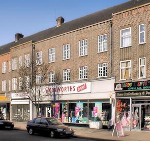 Elm Park shops