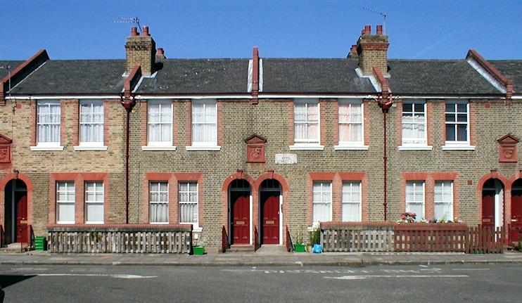 Shacklewell - April Street
