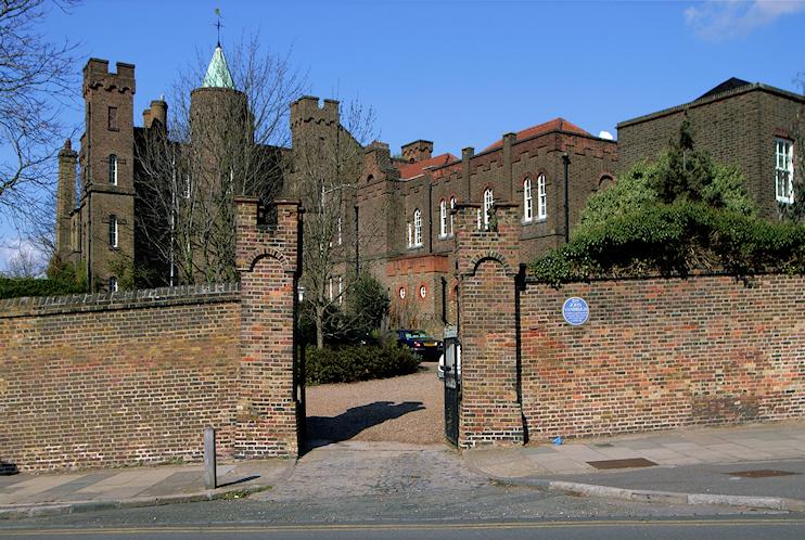 Steve Cadman - Vanbrugh Castle