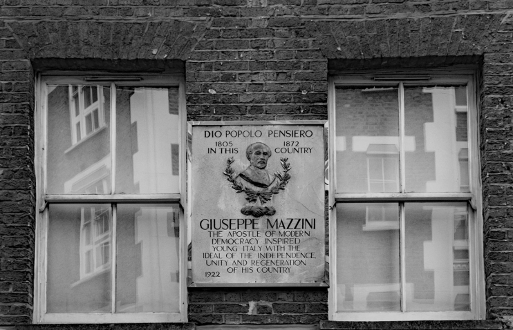 Mazzini commemorative plaque, Laystall Street, Clerkenwell, 2017