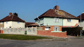 Houses at the junction of Norbiton Common and Fleetwood Roads