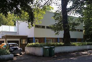 Six Pillars, Crescent Wood Road