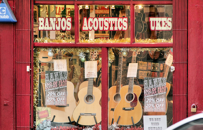 Hanks acoustic guitar shop window (new premises as of 2011)