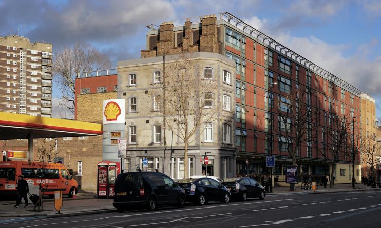 Whitechapel Road, A11
