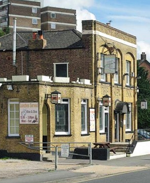 Ardleigh Green - New Inn
