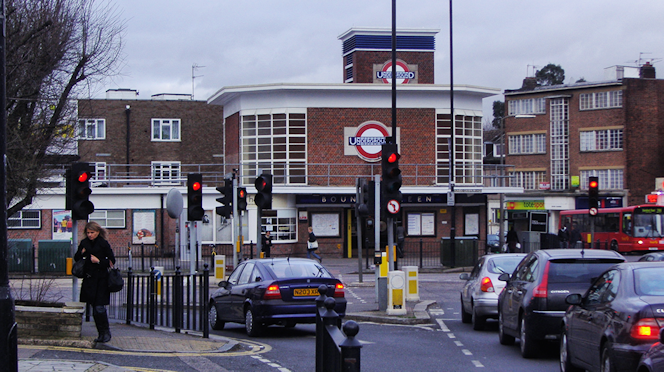 Bounds Green Tube station - geograph-2254208-by-David-Howard