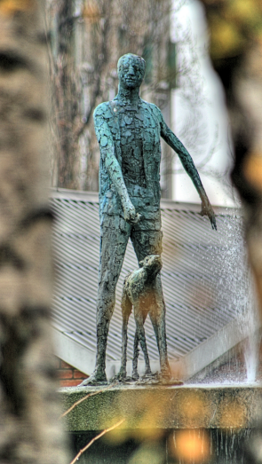 Statue of the The Blind Beggar of Bethnal Green by Elizabeth Frink
