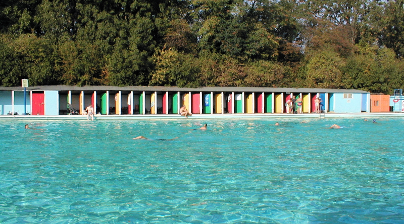 Tooting Bec Lido Hidden London