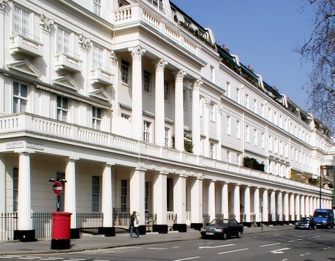 Belgravia - Eaton Square and Lyall Street