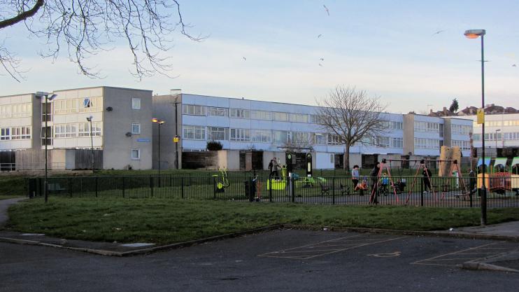 Caernarvon Close council flats, Pollards Hill