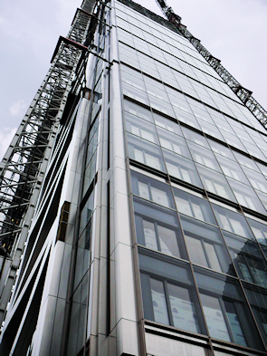 Heron Tower, photographed shortly before its completion