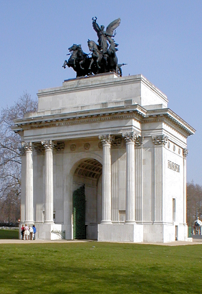 Constitution Arch, popularly known as Wellington Arch