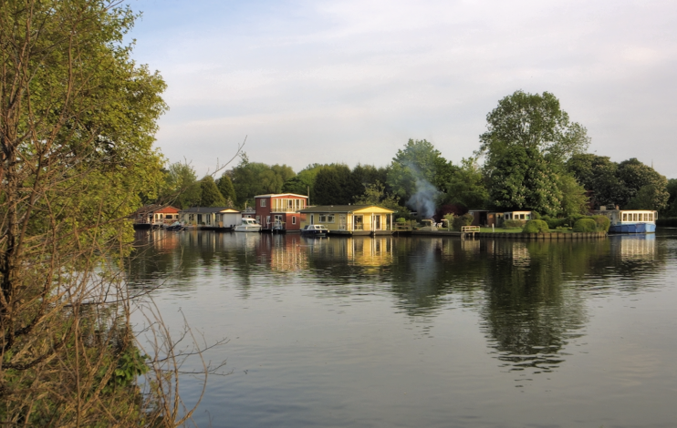 Taggs Island seen from Hampton Court Road