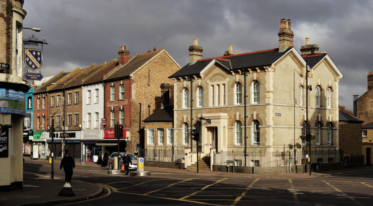 geograph-5204844-by-Peter-Trimming - Penge