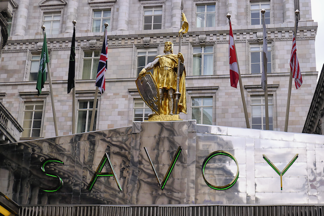 Savoy statue