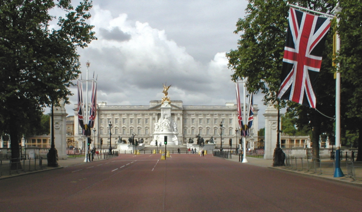 Mall - Buckingham Palace