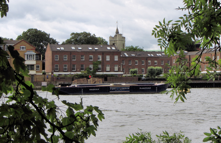 Thames-side buildings at Chiswick - geograph-4032848-by-Gareth-James