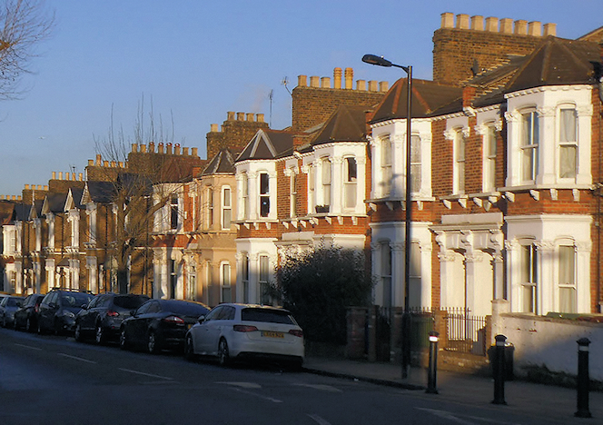 Newlands - Terraced houses - Athenlay Road - geograph-4316153-by-Stephen-Craven