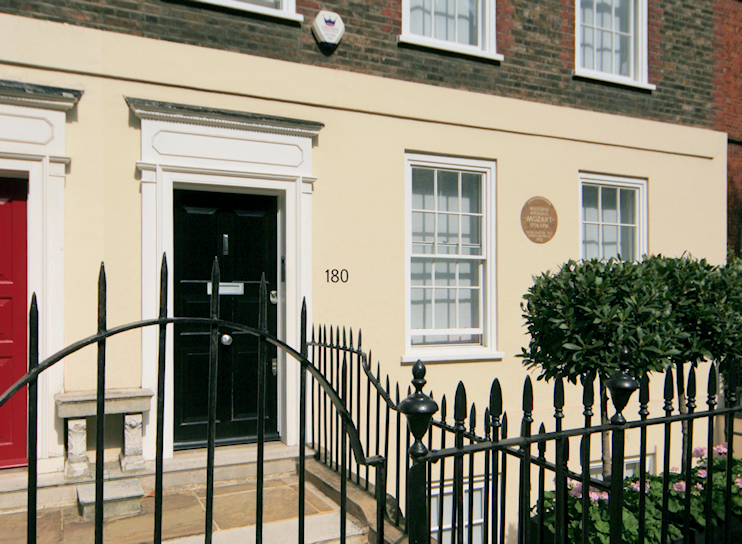 180 Ebury Street - Mozart