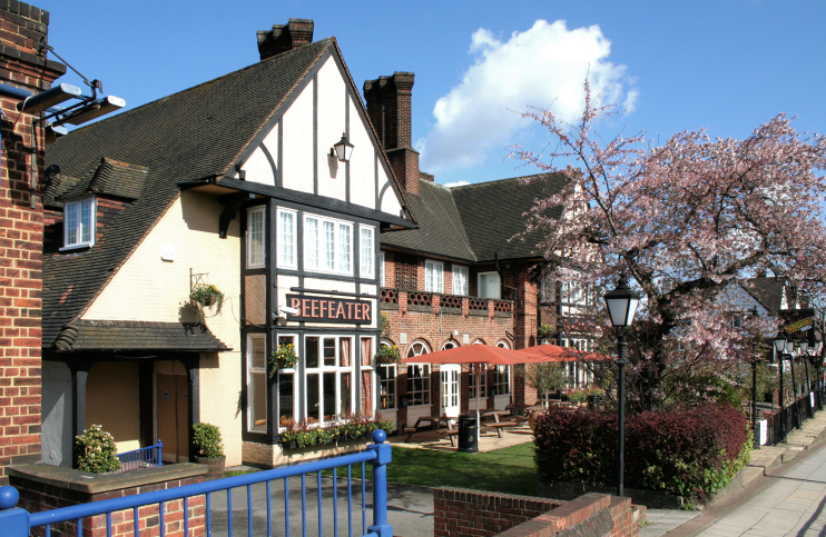 Kenton, Travellers Rest (Beefeater)