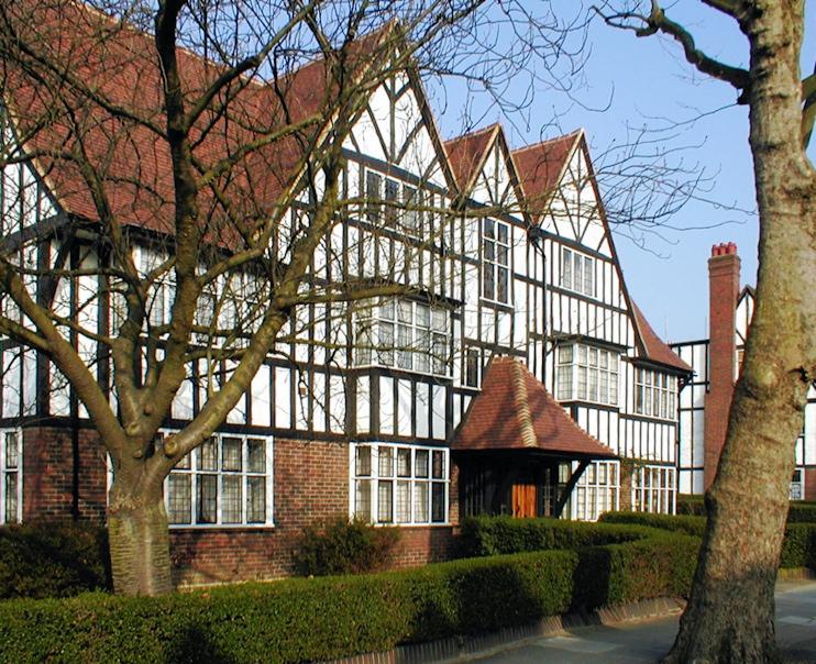 Hanger Hill garden village - Hidden London