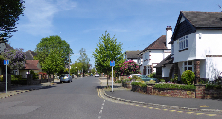 Hidden London: Links Avenue, Gidea Park by Marathon