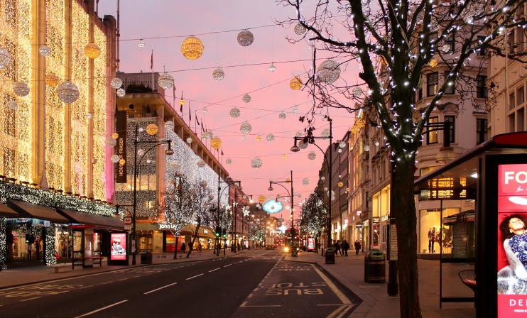 Hidden London: Oxford Street on Christmas Eve 2016 by Poppybead
