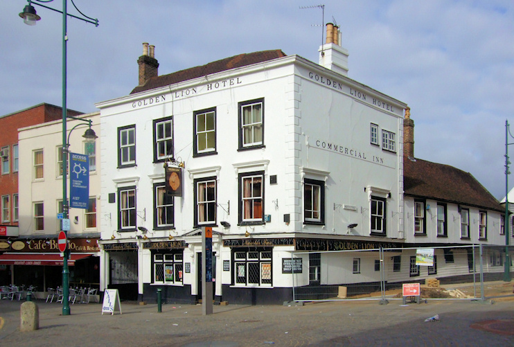 Hidden London: Golden Lion, Romford, by Richard Hoare