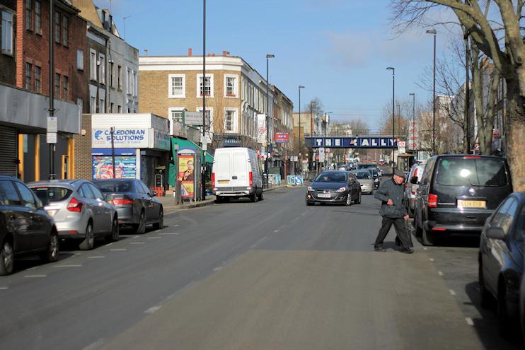 Hidden London: The Cally Road and its railway bridge
